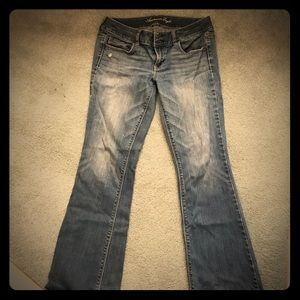 American Eagle Artist Cut Jeans, great condition.